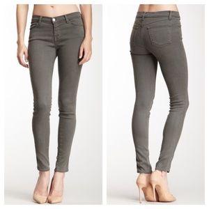J Brand Mid Rise Super Skinny Jeans in Spruce 25